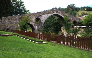 puente romano de cangas de onis